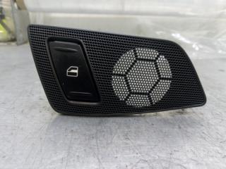 Запчасть кнопка стеклоподъемника задняя правая Skoda Yeti 2011