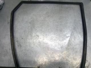 Запчасть уплотнитель стекла двери задний правый Mazda Mazda 3 2007