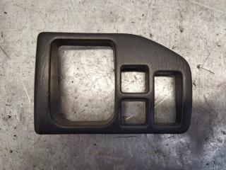 Запчасть накладка на торпедо Suzuki Wagon R Plus 2004