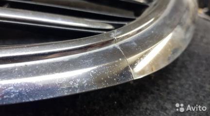 Запчасть решетка радиатора передняя Mercedes-Benz C-Class