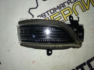 Запчасть поворотник в корпус зекала передний правый Subaru Legacy