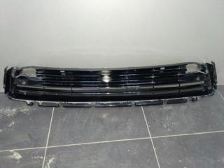 Запчасть решетка радиатора передняя Lexus RX4