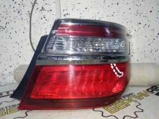 Запчасть фонарь задний правый Toyota Camry