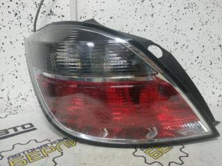 Запчасть фонарь задний левый Opel Astra H