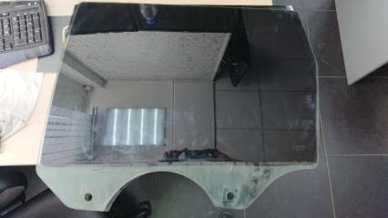 Запчасть боковое стекло заднее левое Porsche Cayenne 2003