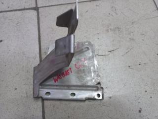 Запчасть кронштейн Audi Q7 2007