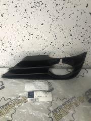 Запчасть решетка птф правая Mercedes-Benz R300