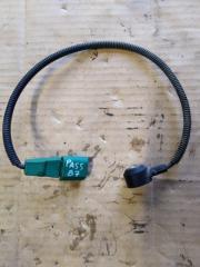 Запчасть датчик детонации Volkswagen Passat 2011