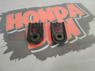 Запчасть крепление радиатора Honda Torneo 2000