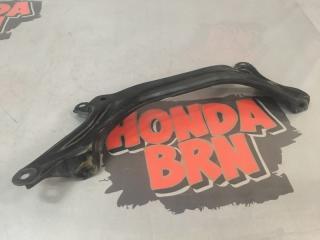 Запчасть кронштейн рулевой рейки Honda Cr-V 1997