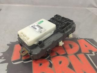 Запчасть блок предохранителей и реле салонный Honda Cr-V 1997