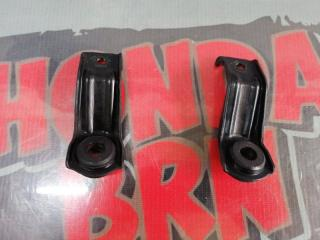 Запчасть крепление радиатора Honda Stream 2004