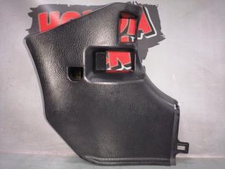 Запчасть накладка стойки кузова передняя правая Honda Stream 2001
