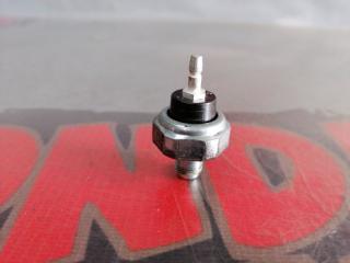 Запчасть датчик давления масла Honda Cr-V