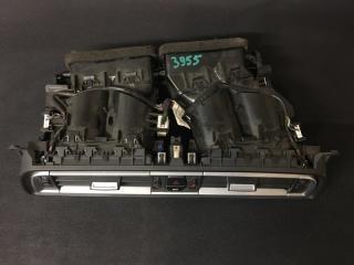 Запчасть вентиляционная решетка BMW 7-Series
