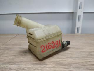 Бачок для тормозной жидкости TOYOTA HIACE 1994-2001