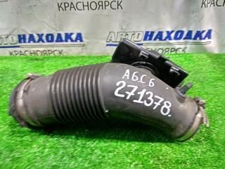 Запчасть патрубок воздушного фильтра AUDI A6 2004-2008