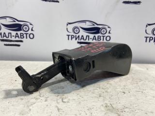Запчасть ограничитель двери передний правый Skoda Superb 2008-2015