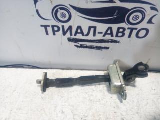 Запчасть ограничитель двери передний левый Nissan X-Trail 2007-2014