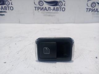Запчасть кнопка стеклоподъемника одиночная задняя левая Mercedes C-Class 2007-2014