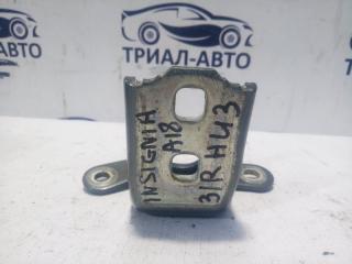 Запчасть петля двери задняя правая Opel Insignia 2008-2013