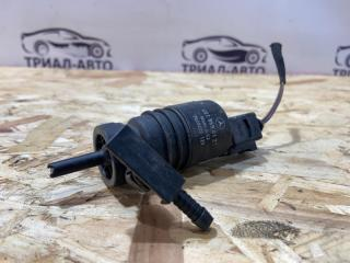 Запчасть моторчик омывателя стекла лобового Mercedes C-Class 2007-2014