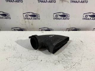Запчасть патрубок воздушного фильтра Mercedes C-Class 2007-2014