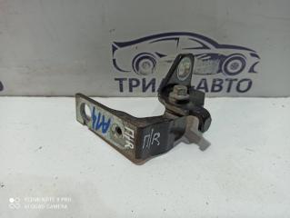 Запчасть петля двери передняя правая Ford Focus 2010-2018