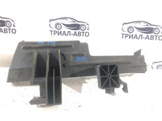 Запчасть дефлектор радиатора левый Ford Focus 2010-2018
