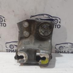 Запчасть кронштейн опоры двигателя левый Subaru Outback 2009-2015