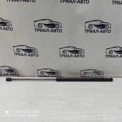 Амортизатор багажника Ford Focus 2010-2018