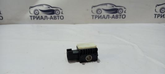 Запчасть датчик удара боковой Land Rover Freelander