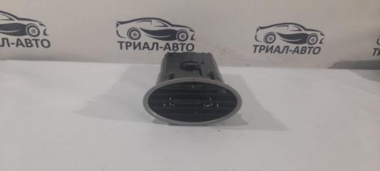 Запчасть дефлектор обдува салона передний Ford Focus 2008