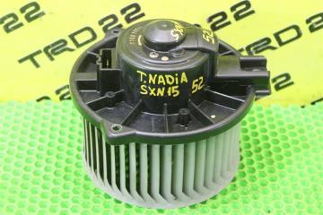 Запчасть мотор печки Toyota Nadia