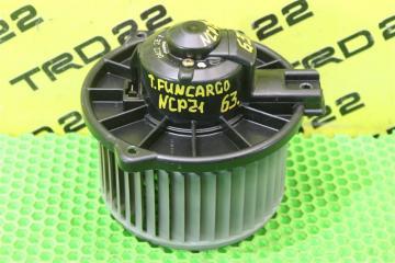 Запчасть мотор печки Toyota Funcargo