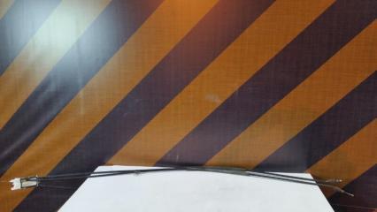 Трос ручника Volkswagen Touareg 2005