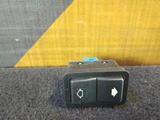 Кнопка стеклоподъемника BMW 525i 1996