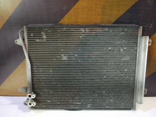 Радиатор кондиционера Volkswagen Passat 2006