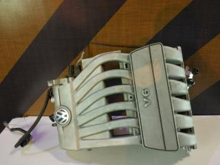 Коллектор впускной Volkswagen Passat 2006