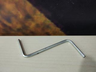 Ключ для люка BMW 320i 2003
