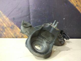 Кронштейн двигателя правый AUDI Allroad 2001