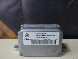 Датчик ускорения Volkswagen Touareg 2003