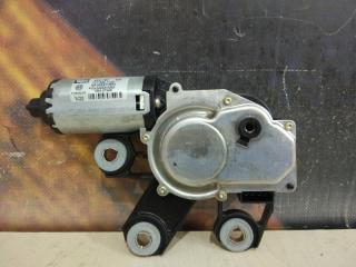 Мотор стеклоочистителя задний Volkswagen Touareg 2004