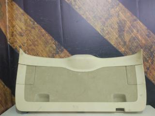 Обшивка крышки багажника Volkswagen Touareg 2004