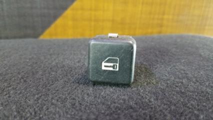 Кнопка центрального замка BMW