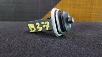 Кнопка лючка бензобака BMW 318i 2003