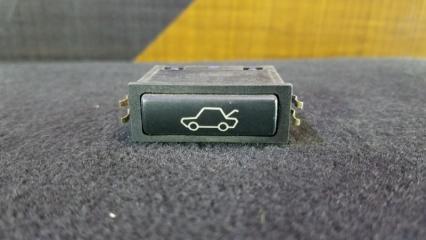 Кнопка открывания багажника BMW