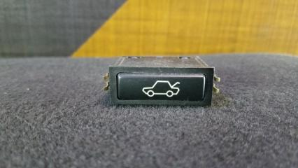 Кнопка открывания багажника BMW 318i 1999