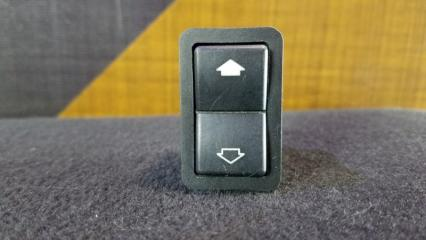 Кнопка стеклоподъемника BMW 528i 1997