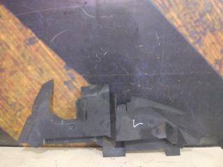 Воздуховод радиатора левый AUDI Q7 2006